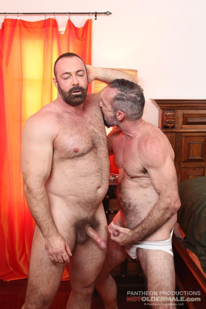 Brad Kalvo Fucks Peter Rough At Hot Older Male - Gaydemon-5752