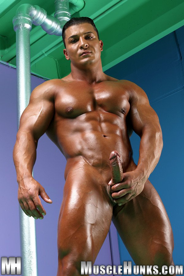 Hot muscled hunk