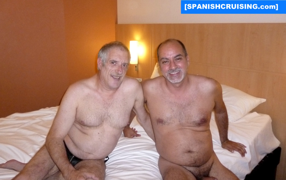 spanish cruising gay