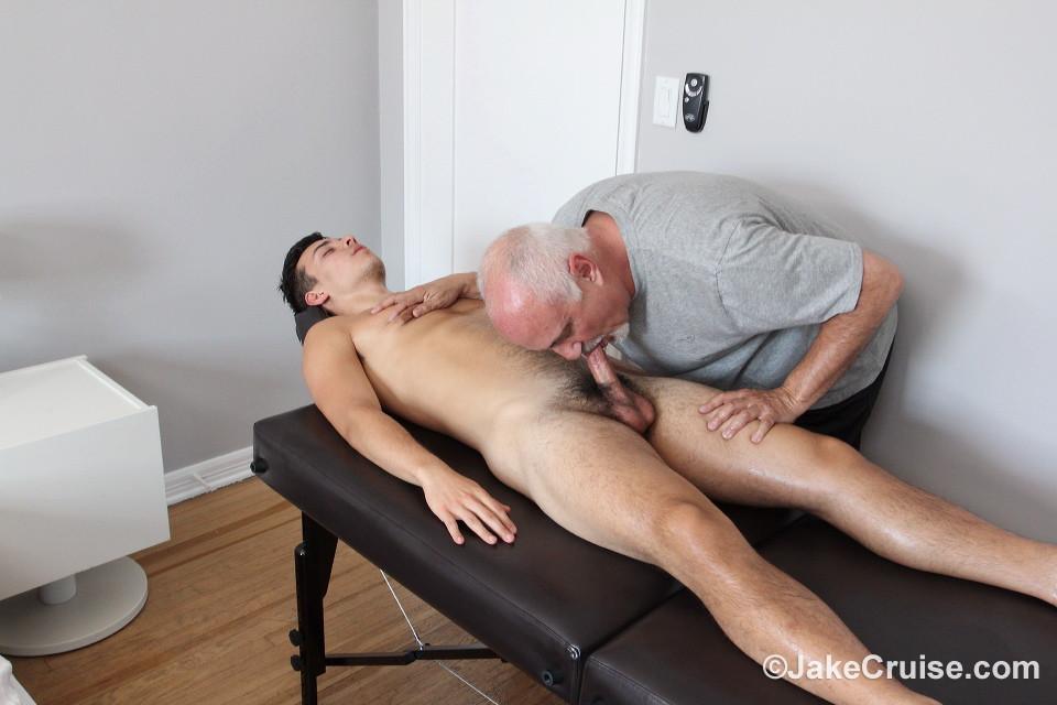 Jake Cruise Tubes