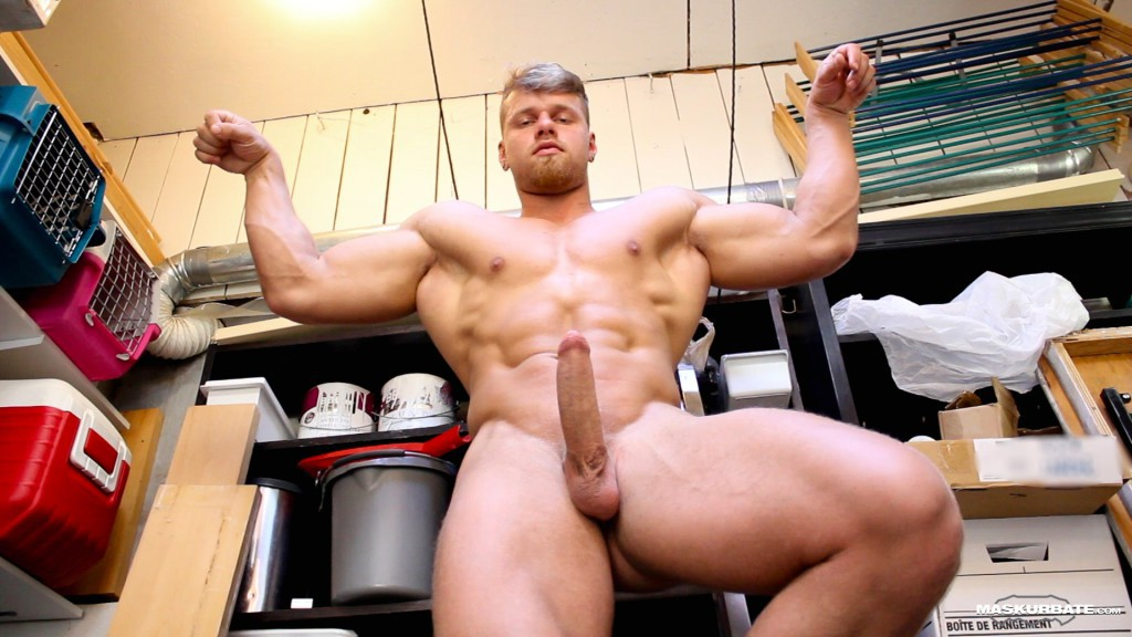 Check nasty gay pornstar hunk