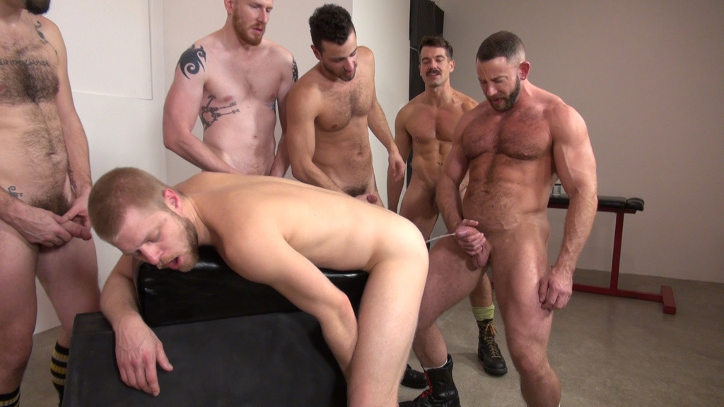 Gay sex orgies pics