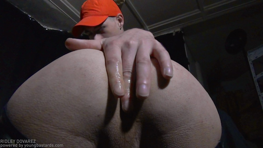 18 year old hairy pussy fucked while playing ps3 - 1 part 9