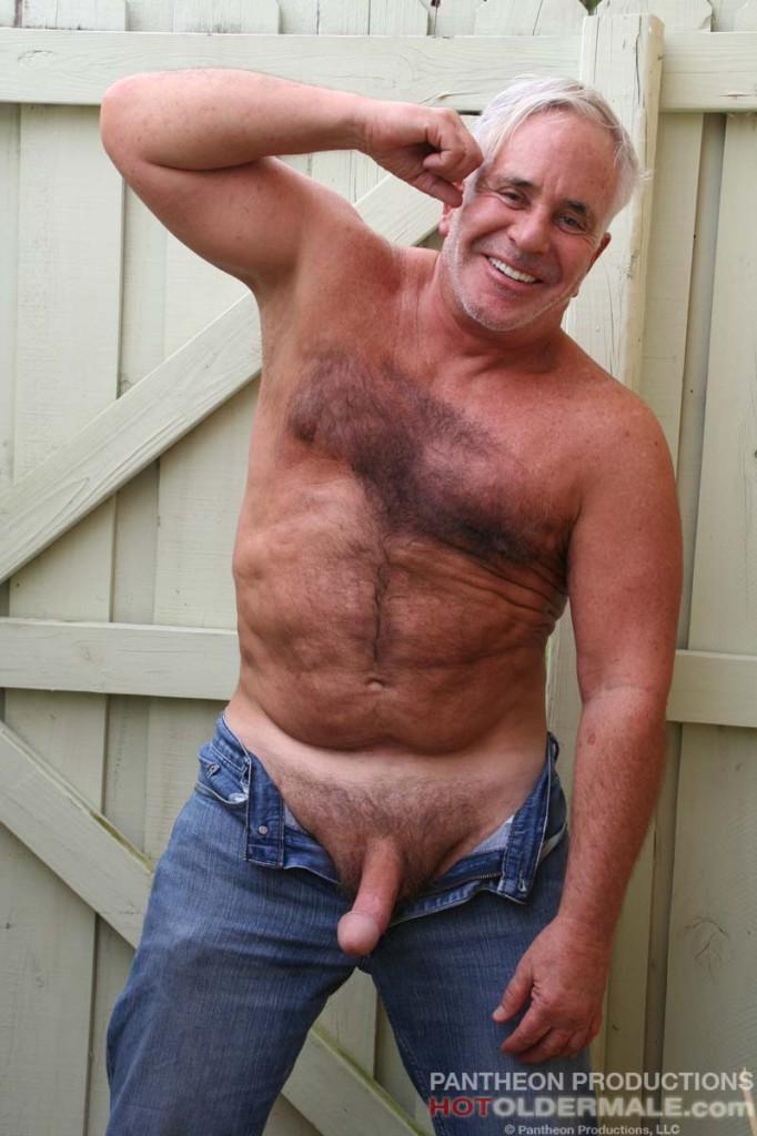 naked mature gay thumbs