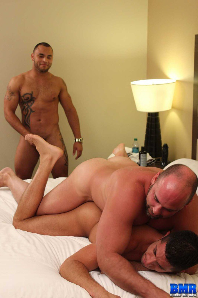 3 hot latinos seeding butt 9