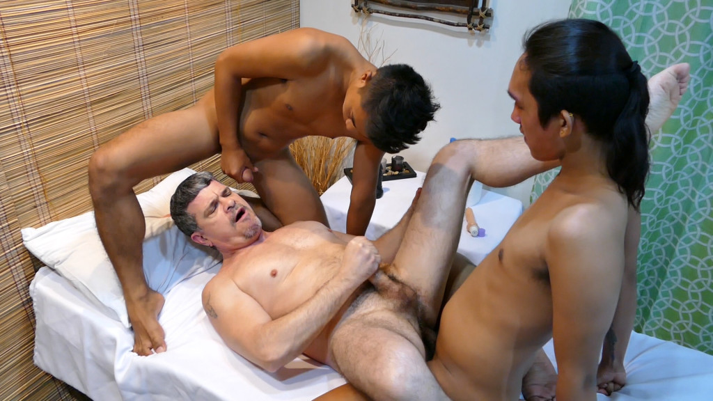 Massage Sex Threesome At Daddys Asians - Gaydemon-9381