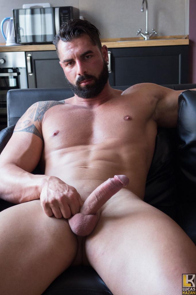 Italian Bodybuilder Gennaro At Lucas Kazan - Gaydemon-6631