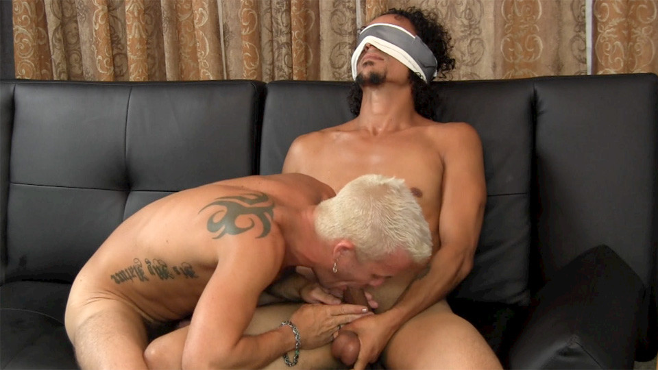 Str8 Blindfolded