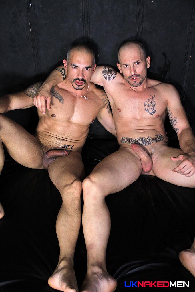 Max Duran  Santi Noguera At Uk Naked Men - Gaydemon-2782