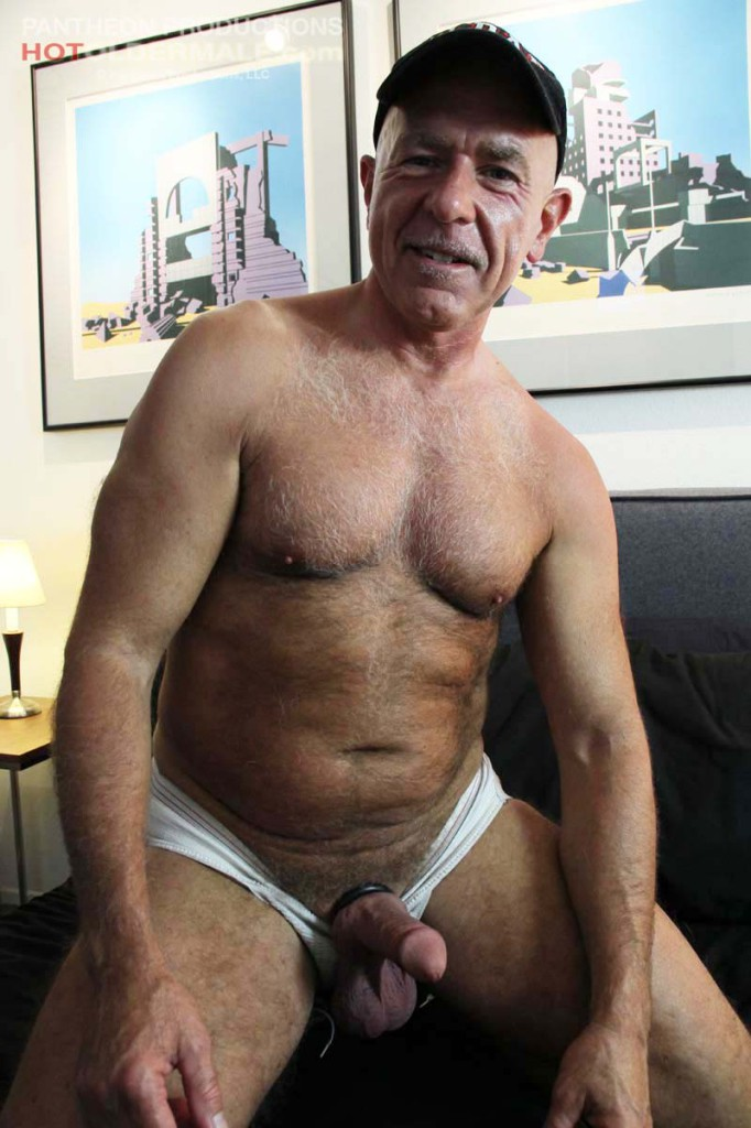 Daddy Rex Silver at Hot Older Male - GayDemon