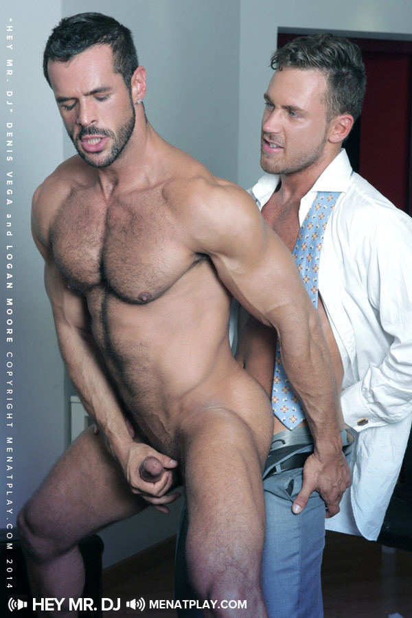 Tons of free Gay Logan Moore porn videos and XXX