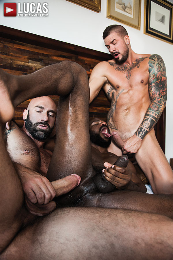 3 hot latinos seeding butt - 1 part 7