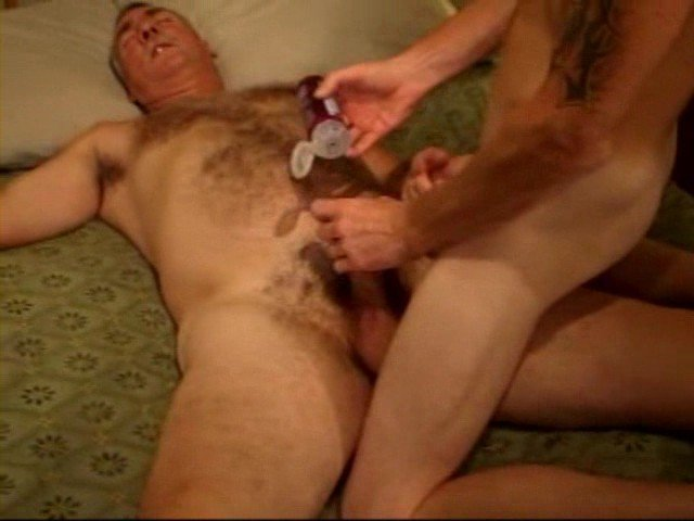 my pictures on 2 other sites a gay dating site