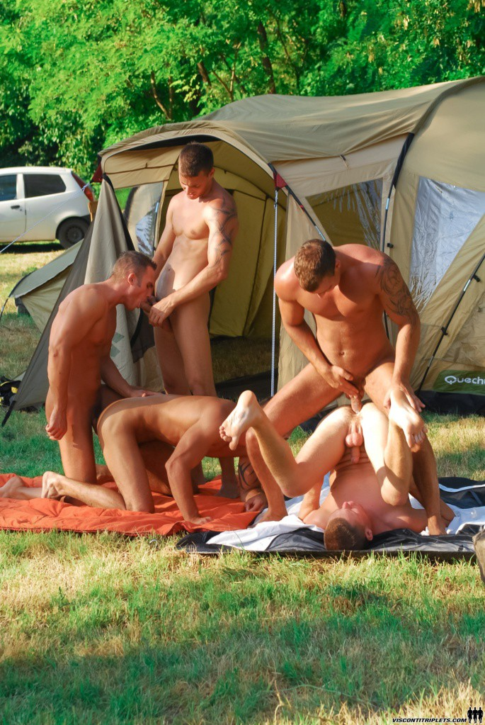 5 Campers Fucking Outside Their Tent - Gaydemon-1598