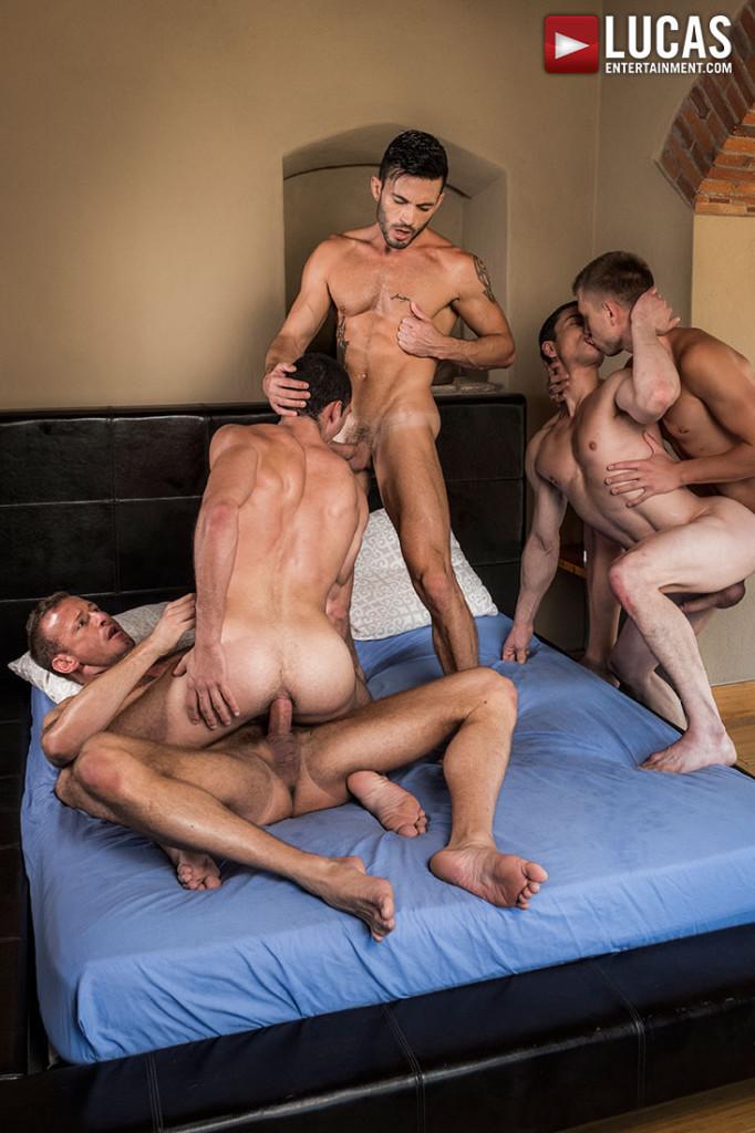 Free gay bareback orgy porn