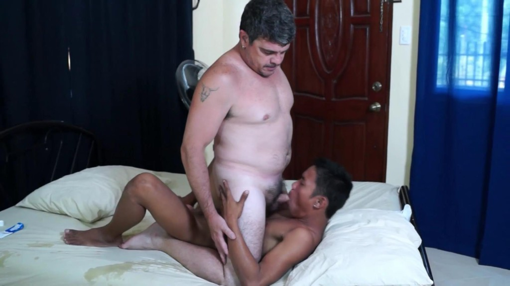 Tender anal joy asian and daddy with cumshots