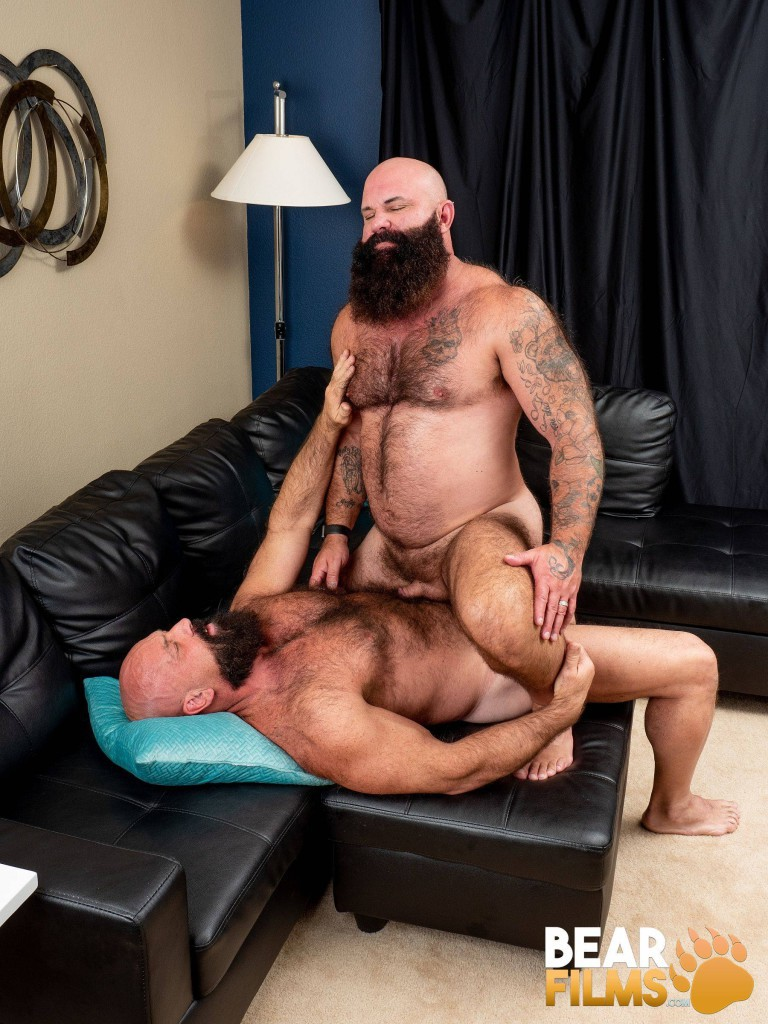 Bearded Men Jayson West And Victor West Fucking At Bear -3073
