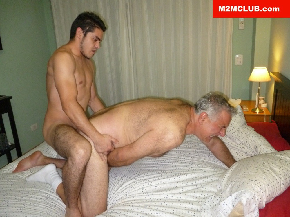 Horny Bisexual Daddy Gets Fucked - Gaydemon-6911
