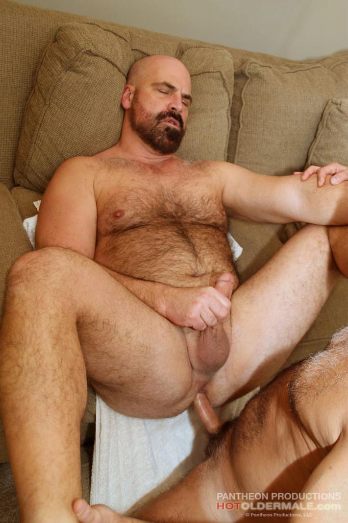 Huge asian ladyboy
