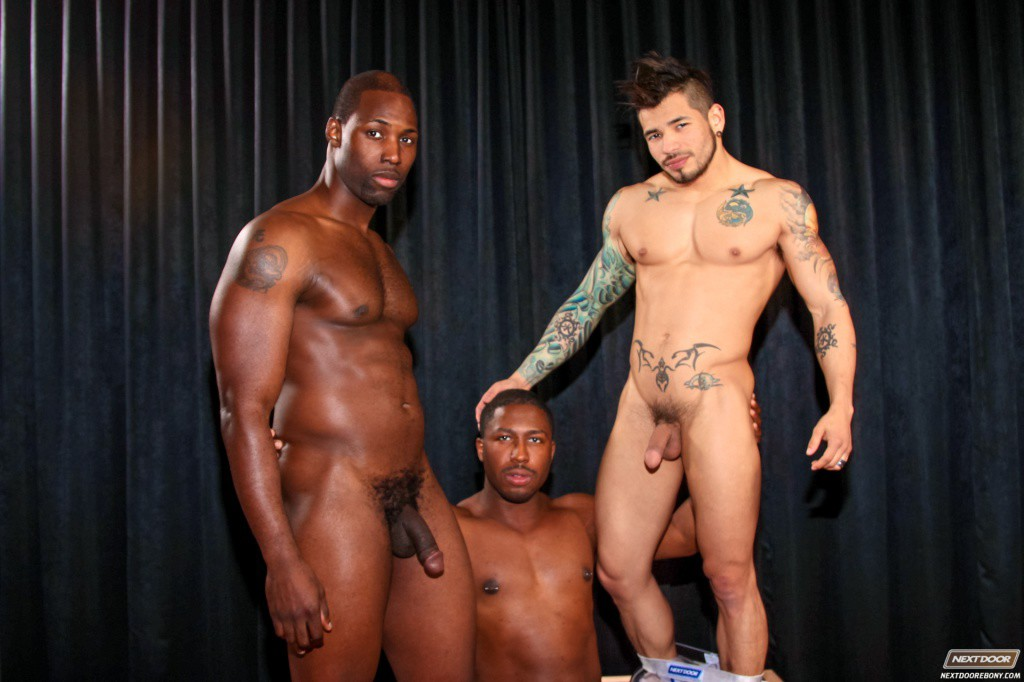 Hot Show At Male Strip Club - Gaydemon-1642