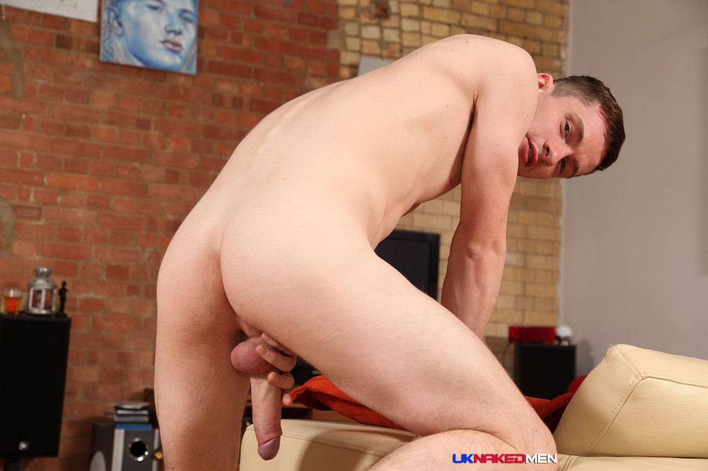 Hung Scottish Lad Daniel James - Gaydemon-6874