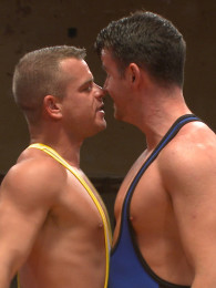 "Video: Fight for the title of ""Team Captain"" AT NAKED KOMBAT"