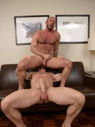 Video: Rocco Steele and Matt Stevens at bareback that hole
