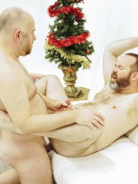 Video: Joe Hardness and Guy English at bear films