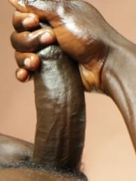 Video: black French guy Pierre Diallo