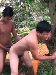 Video: josh and vahn fuck at gay asian piss