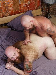 Video: Gruff Hunter and Tate Taylor at hairy and raw