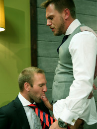 Video: HANS BERLIN & TOM WOLFE fuck at the office