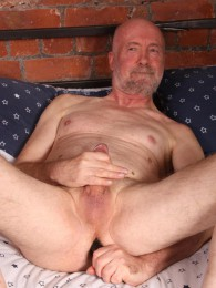 Video: Dick Moore at daddy strokes