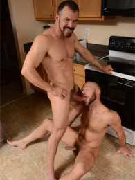 Video: Max Sargent and Mike Tanner at men.com