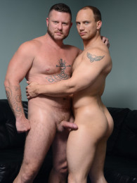 Video: Charlie Harding & John Magnum at men.com
