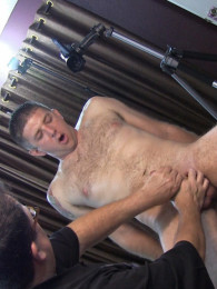 Video: Geoff on the massage table - Club Amateur USA