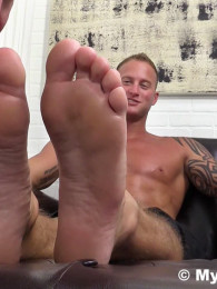Dev Worships Jason James Feet