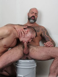 Video: david lamber bottom sfor daddy scott rage