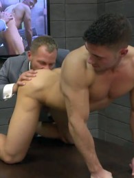 Video: suited hunk fucked on board room table