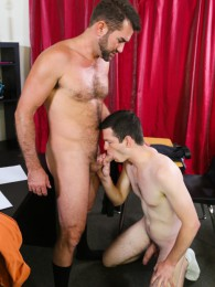 Video: Jake Jennings & Benn Heights at circle jerk boys