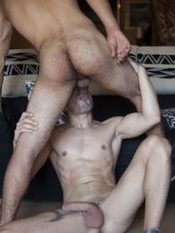 Video: Raimon Lee and Josh milk at fuckermate