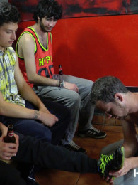 Video: ABEL BUNKER, ELOY FOX and JOHN MAXIM at hardkinks