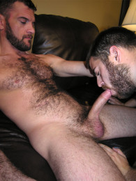 Video: hairy guy ramsay gets head