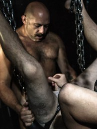 Video: Sailor Blue and Shane Stone at hairy and raw