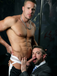Video: JOCK Vs SUIT at men at play