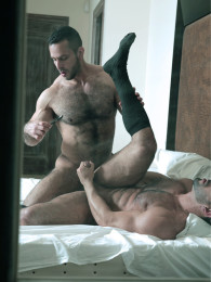Video: ADAM CHAMP & FLEX at men at play