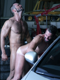 Video: Denis Vega and Dani Robles fuck at men at play