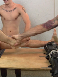 Video: tickling Reese's size 12 feet