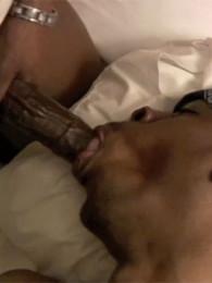Video: Hoody LaVaye + Jeno Hunter at cocodorm