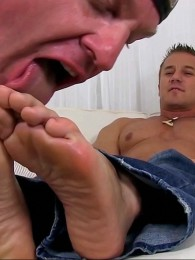 Video: alec gets feet worshiped at my friends' feet